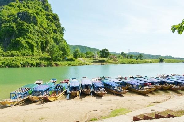 Sông son - Động Phong Nha - Quảng Bình Tour Phong Nha 1 ngày