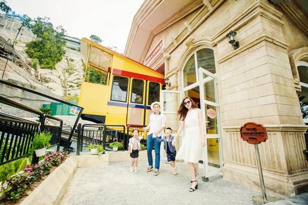 Tàu hỏa leo núi - Bà Nà Hills Kinh nghiệm du lịch Đà Nẵng