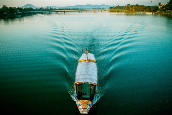Tour thuyền rồng Huế 1 ngày tour thuyền rồng huế 1 ngày