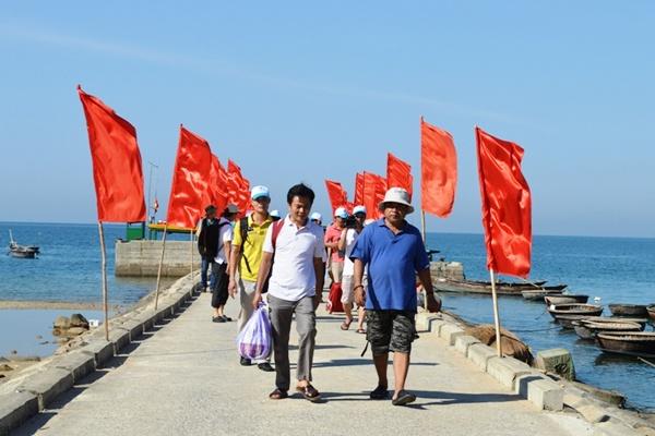 Cầu cảng Cù Lao Chàm tour câu cá cù lao chàm