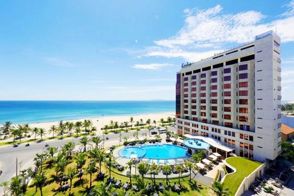 Holiday-beach-Hotel-Spa 5 điểm spa tốt nhất Đà Nẵng
