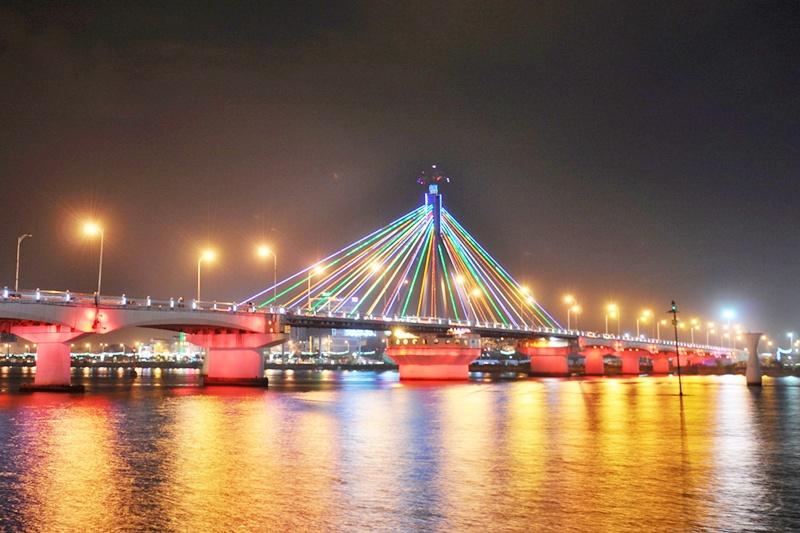 Cầu Sông Hàn tour du thuyền sông hàn