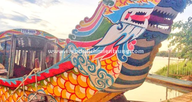 Dịch vụ thuê Thuyền Rồng trên sông Hương