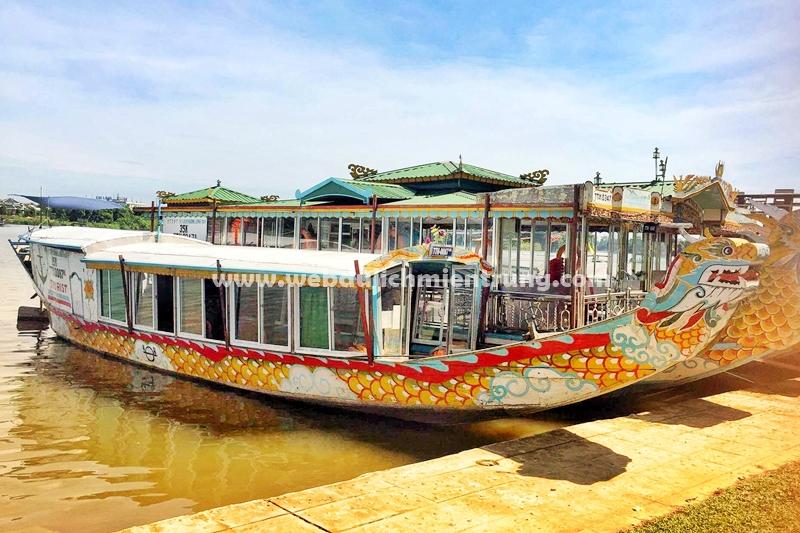 Giá vé ca Huế Bảng giá vé nghe Ca Huế trên Sông Hương
