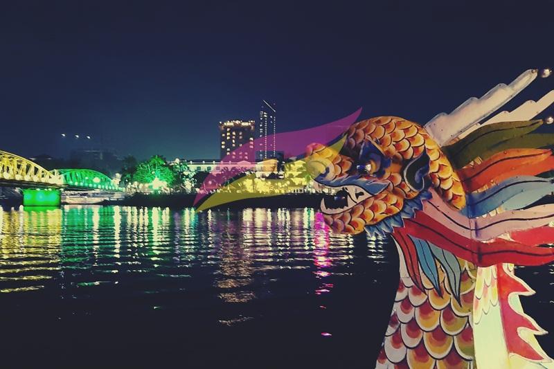 Nghe ca Huế trên sông Hương Tour nghe ca Huế